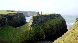 DUNSEVERIK CASTLE CO.ANTRIM N (2)