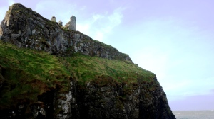 DUNSEVERIK CASTLE CO.ANTRIM N (3)